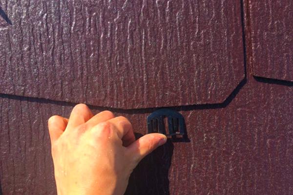 タスペーサーの重要性 ~雨漏りから屋根を守る、タスペーサーとは